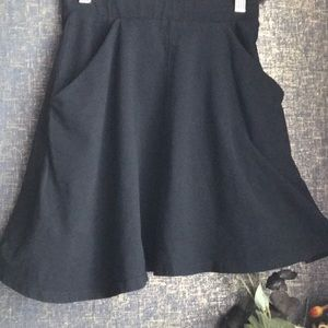 TOPSHOP Black Skater Flare Pocket Skirt US 4
